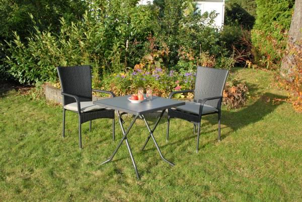 Bilde av Soria sett 2 stablestoler+bord 70x70 cm - tjæresort