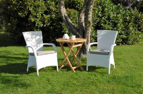 Bilde av Vienna sett 2 stabelbare stoler m/puter+teakbord Ø70 cm - hvit/patinagrå